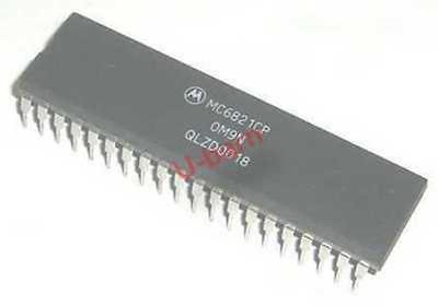Mc6821cp Dip-40 Peripheral Interface Adapter