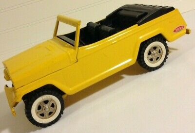 Tonka Jeepster vintage pressed steel Toy Excellent vibrant yellow Sharp!