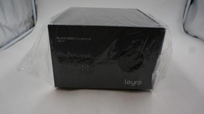 LEYRO TEMPERATURE CALIBRATOR DRY BLOCK LBB 90