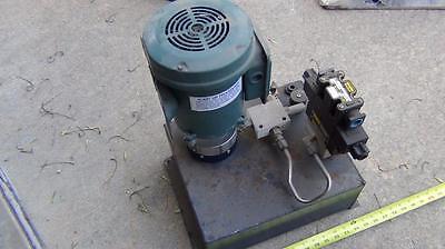 Monarch Dyna Pack M-404 - Motor / Pump / Reservoir 1HP Reliance 208/230v NICE