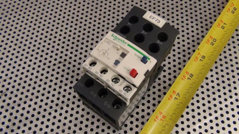 Schneider Electric LRD 10 Overload Relay w/ LAD7B106 Terminal Block  - Excellent
