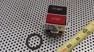 Idec 23-010 Start Stop Button - Heavy Pilot Duty - New Never Installed