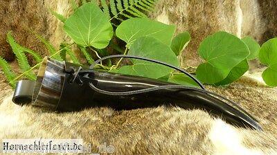 Trinkhorn 0,5 - 0,59l mit Halter aus Leder schwarz/braun Gürtelhalter Methorn
