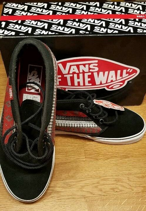 1014fead0c  Brand New  Men s UK Size 8 VANS Chukka 79 shoes trainers