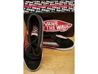 Men's UK Size 8 VANS Chukka 79 shoes/trainers