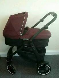 GRACO EVO XT TRAVEL SYSTEM/PUSHCHAIR INCLUDES CAR SEAT, ISOFIX BASE, CARRY COT ETC