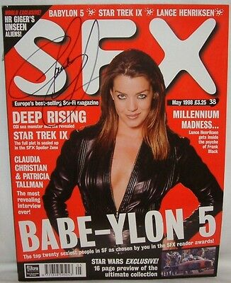 BABYLON 5 : SFX No. 38 signed by Claudia Christian