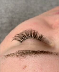 HOLIDAY DISCOUNT Eyelash Extensions