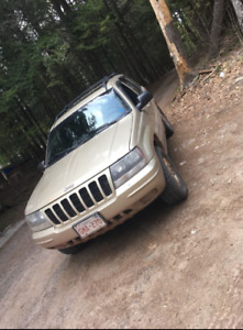 2000 grand cherokee limited v8