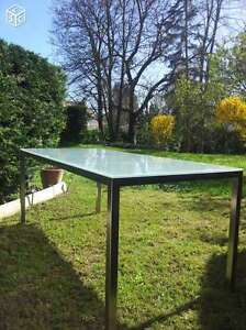 Table IKEA (TORSBY) pour cuisine ou bureau