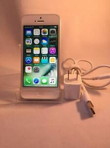 Apple iPhone 5 16GB Argent et Blanc Telus/Koodo