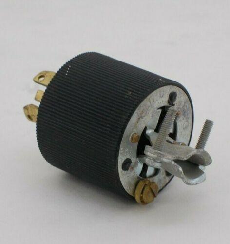 Hubbell 30A 250VDC/600VAC Locking Plug