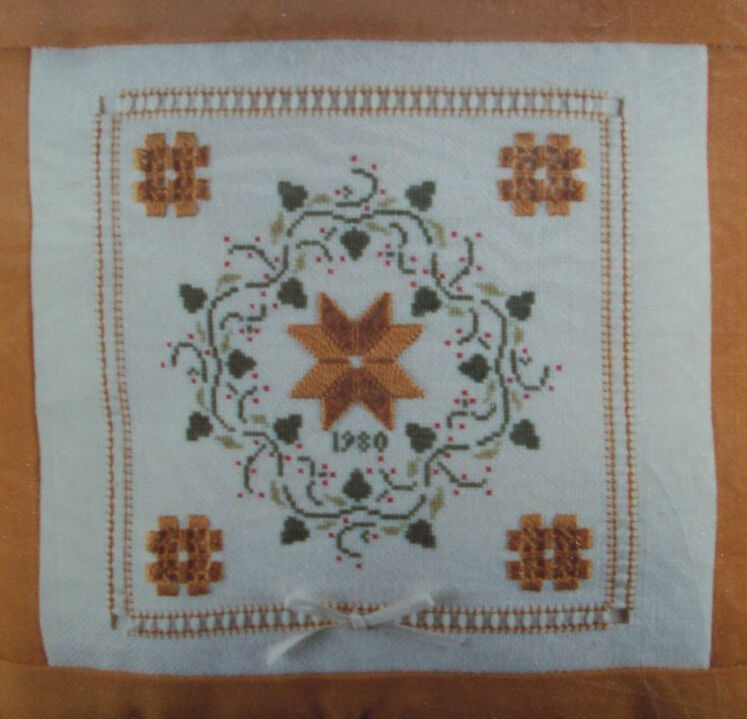 Holly Wreath hardanger embroidery and cross stitch pattern