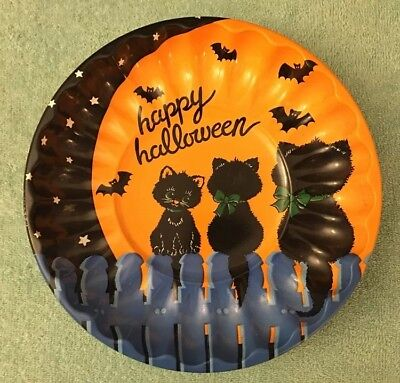 Candy Bowl (Vintage 1988 Halloween Black Cats & Bats Plastic Candy Bowl-Dish-Trick Or)