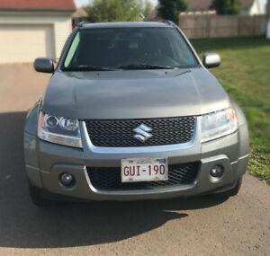 2009 Suzuki Grand Vitara black SUV, Crossover