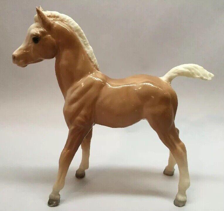Breyer Horse Foal Tan With White Mane Legs Vintage Pony