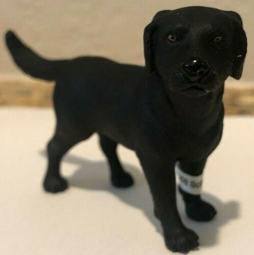 Schleich BLACK LABRADOR RETRIEVER Dog Animal Figure Retired 16327 Rare BRAND NEW