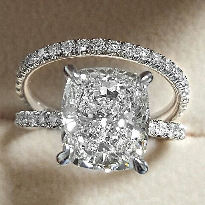 2.20 Ct Cushion Cut Diamond Round Accents Engagement Ring Set  H,VS2 GIA 14K WG