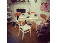 💗💗REDUCED!! TABLE AND CHAIRS 💗💗