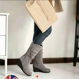 Ladies Winter Boots Size 38 (UK 5 size)