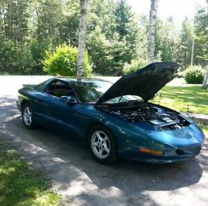 1995 pontiac firebird (trade for truck ) please read ad