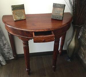 Table console d,entrée ,causeuse en cuir ,six miroirs.