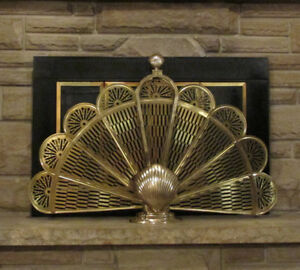 Vintage Brass Clam Shell Peacock Folding Fireplace Fan Screen