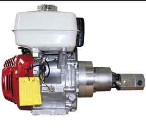 looking for Engine with hydraulic pump on it