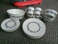 Royal doulton dinner set plus salad/serving bowl