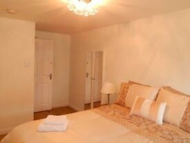 Beautiful room to rent - City centre