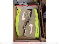 Nike Air tech Challenge II Suede 9.5 UK