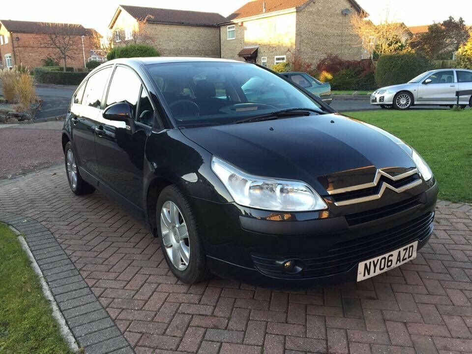2006 06 citroen c4 sx 1 4 petrol 5 speed manual in black clean family car long mot. Black Bedroom Furniture Sets. Home Design Ideas