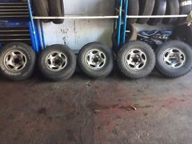 "**5 x 15"" Ford Maverick Alloy Wheels - Off Road - Good Condition - 6x139.7**"