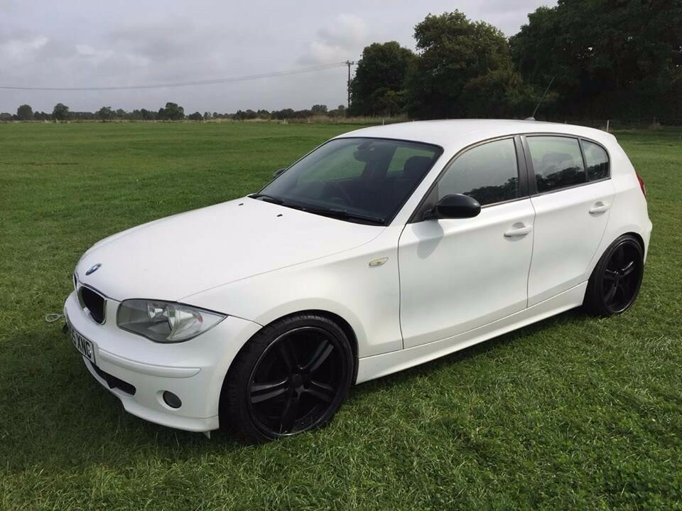 2006 bmw 1 series 118d deep dish alloys lowered spares or repairs in milton keynes. Black Bedroom Furniture Sets. Home Design Ideas