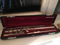 Yamaha Flute YFL211N