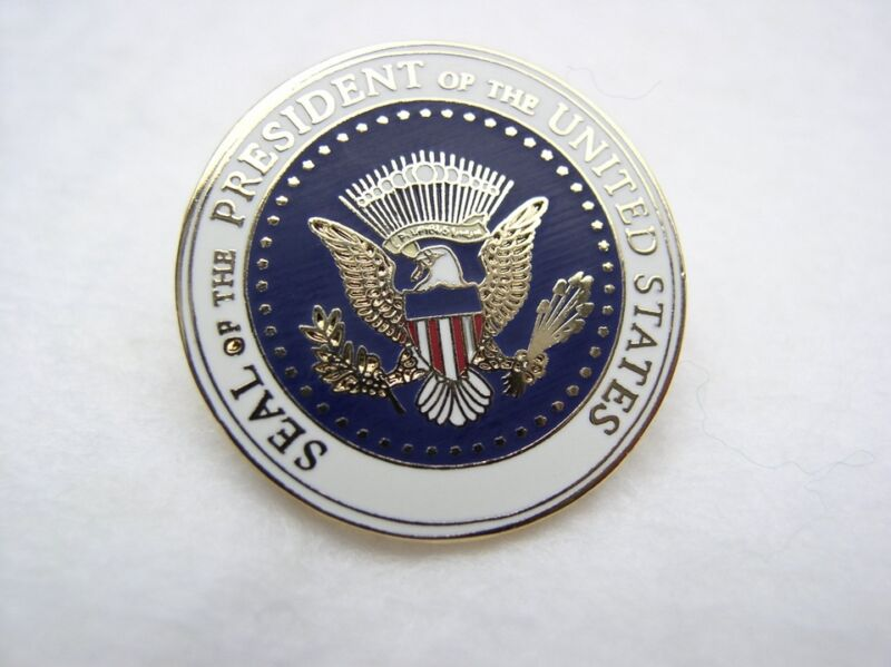 SEAL of the PRESIDENT of the UNITED STATES Presidential Eagle SERVICE LAPEL PIN