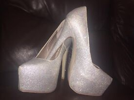 Silver glitter shoes shoes