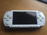 White PSP 1000 (Orginial)