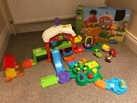 VTech Toot Toot Drivers Farm with 2x vehicles and 1x animal