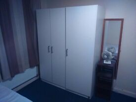 NEAR BARKING MOSQUE IG1 DOUBLE ROOM AVAILABLE