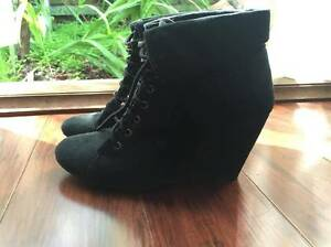 Black wedge bootie Mount Helena Mundaring Area Preview