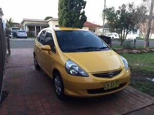 Cheap 2008 Honda Jazz, Economical, clean car, clean title Bossley Park Fairfield Area Preview