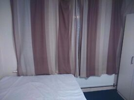 GREAT DOUBLE ROOM IN ILFORD LANE