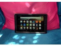 Amazon Fire 8 HD (5th Gen) in excellent condition with extra 16gb sdhc card
