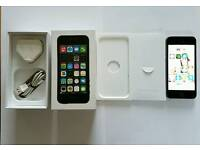 Iphone 5s with box and charger