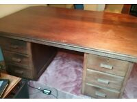 A VINTAGE/ANTIQUE ART-DECO SOLID OAK PARTNERS DESK NICE PRE-LOVED CONDITION FREE LOCAL DELIVERY POSS