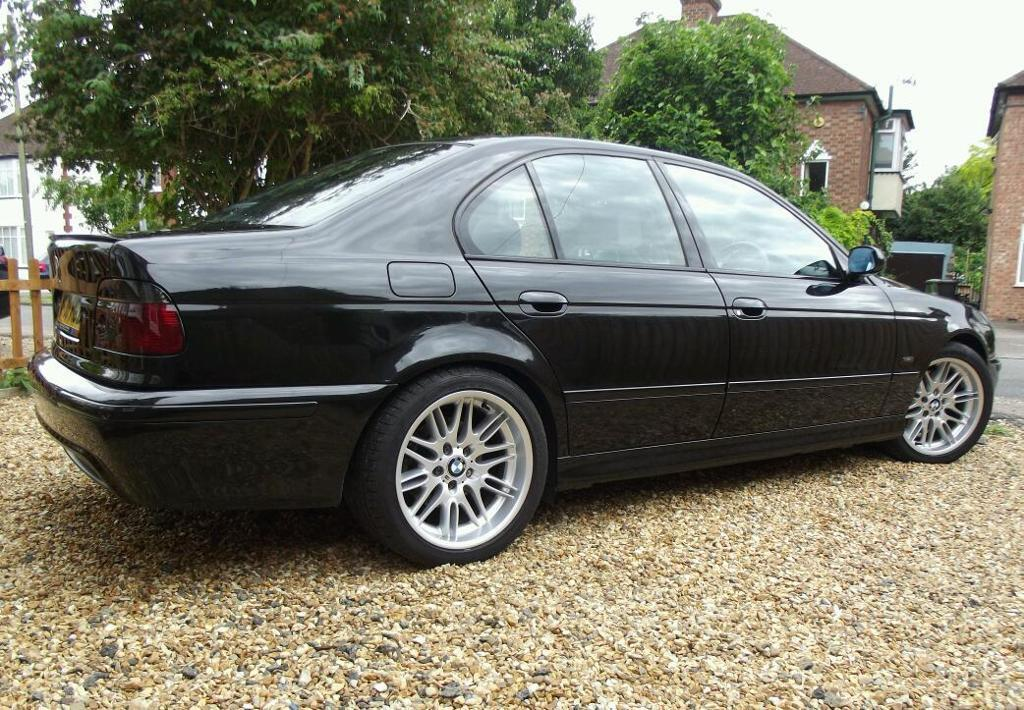 bmw e39 facelift 535i v8 sport saloon m5 styling genuine 69k m3 paddle shift in cambridge. Black Bedroom Furniture Sets. Home Design Ideas