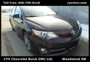 2012 Toyota Camry SE - Navigation, Heated Leather - $8/Day