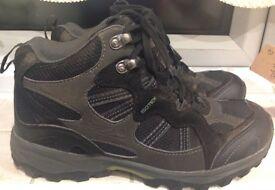 Regatta Walking Boots size 7