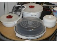 3 Pieces of Microwave Cookware & 1 Fat Free Fryer